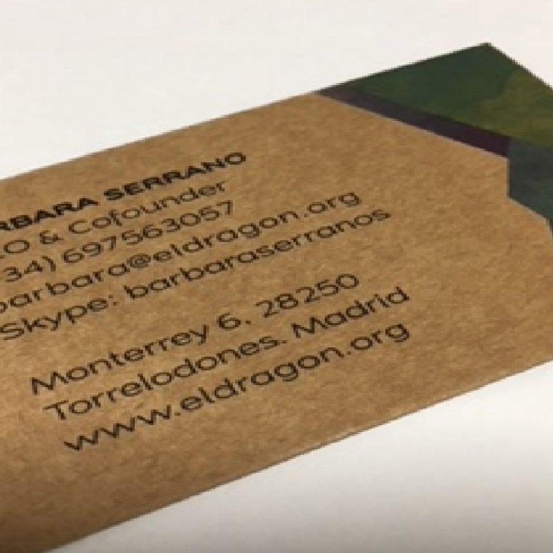 tarjeta de visita impresa en kraft